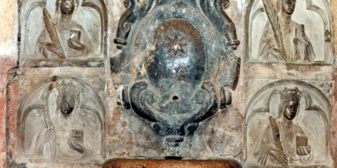Santuario de la Estrella y su retablo de piedra